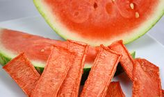 """""""Watermelon Candy"""" by Diana Stobo -- it's just dehydrated watermelon Dehydrated Watermelon, Dehydrated Food, Watermelon Jerky, Watermelon Sticks, Watermelon Fruit, Raw Vegan Recipes, Vegan Snacks, Healthy Treats, Paleo"""