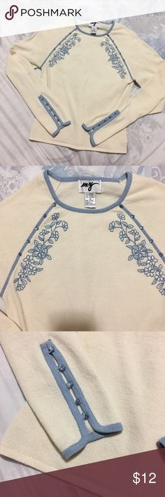 Top long sleeve M size Great condition with details on front Tops Tees - Long Sleeve