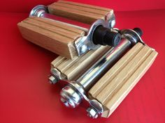 Wooden bicycle pedals by pasticcinlegno on Etsy, Fixi Bike, Bicycle Pedals, Cruiser Bicycle, Bicycle Parts, Velo Retro, Velo Vintage, Retro Bike, Wooden Bicycle, Wood Bike