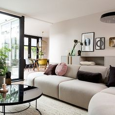Discover recipes, home ideas, style inspiration and other ideas to try. Novo Design, Living Spaces, Living Room, Dining Room Design, Interior Inspiration, Decoration, Decor Styles, Home And Family, New Homes
