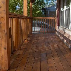 Make your Deck come Anew with Cool Deck Stain Colors - Decorifusta Exterior Paint Color Combinations, Exterior Paint Colors, Staining Pressure Treated Wood, Deck Staining, Cedar Deck, Cedar Wood, Best Cabinet Paint, Deck Stain Colors, Paint My Room