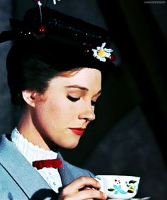 """""""Practically perfect in every way."""" -Julie Andrews as Mary Poppins Disney Nerd, Disney Love, Disney Magic, Disney Pixar, Walt Disney, Julie Andrews, My Fair Lady, Grimm, Mary Poppins 1964"""