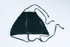 top halter crochet patrón by kelly. Bikini Crochet Patron, Patron Crochet, Crochet Bikini Pattern, Crochet Bikini Top, Top Tejidos A Crochet, Knit Crochet, Croptop Crochet, Crochet Lingerie, Sewing Patterns