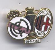 distintivo calcio smaltato MILAN - REAL MADRID COPPA DEI CAMPIONI 1958