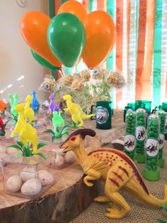 festa em casa dinossauro ovinhos de chiclete Park Birthday, Happy Birthday, Dinosaur Birthday Party, Festa Jurassic Park, Police Party, Baby Dino, Super Party, Baby Shower Parties, Dinosaur Stuffed Animal