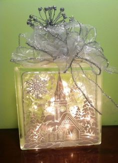 *With directions* - Create your own Christmas decoration with this beautiful DIY lighted glass block. This art project is rated easy for beginners and can be customized with any picture you like. Painted Glass Blocks, Decorative Glass Blocks, Lighted Glass Blocks, Christmas Glass Blocks, Noel Christmas, Christmas Signs, Christmas Boxes, Christmas Kitchen, Christmas Ideas