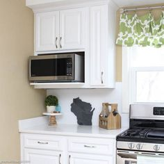The best microwave height for a built-in microwave cabinet! Built In Microwave Cabinet, Microwave In Kitchen, Basement Kitchen, Built In Cabinets, Upper Cabinets, Diy Cabinets, Kitchen Shelves, Kitchen Redo, Kitchen Remodel