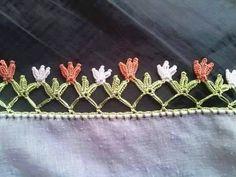 This Pin was discovered by Zül Knitting Patterns Free, Free Knitting, Crochet Patterns, Bridal Hair Fascinators, Crochet Stitches, Knit Crochet, Crochet Edgings, Crochet Boarders, Felt Dragon