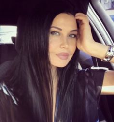 dark hair beauty woman pretty girl black style selfie fashion eyes Make-up