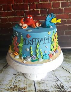 finding nemo and dory cake by xannybakes Cakes Pinterest