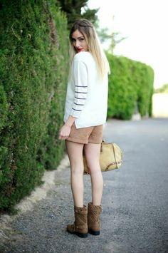 Priscila. Tricot, short y calzado de SUITEBLANCO. (Imagen vía PersonalStyle).