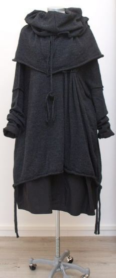 Strega fashion image dump - Album on Imgur