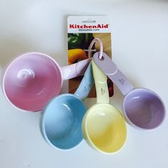 NWT NEW KITCHENAID PRETTY IN PASTEL PINK BLUE YELLOW LAVENDER MEASURING CUPS…
