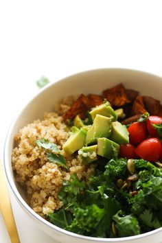 This kale quinoa power bowl is vegan, gluten free, full of plant based protein, and makes for the perfect quick meal! It's made with minimal ingredients and is incredibly satisfying.