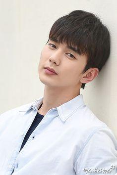 Yoo Seung Ho23.jpg