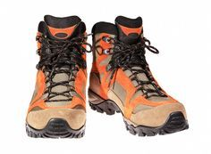 For beginners, it can be a great start in sports if buy #mountainclimbing shoes. Mountain Climbing Gear, Mountain Gear, Lightweight Running Shoes, Alpine Skiing, Gears, Hiking Boots, Lifestyle, Blog, Women