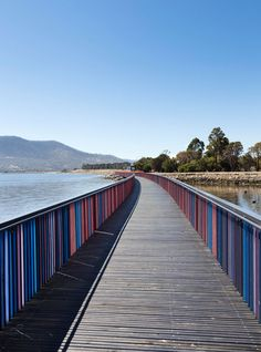 by Room 11 is a sequence of riverside pavilions and boardwalks in Tasmania, Australia Traditional Landscape, Contemporary Landscape, Urban Landscape, Landscape Design, Bridge Design, Railing Design, Landscape Arquitecture, Pedestrian Bridge, Stage