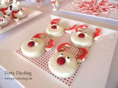 Reindeer Oreos dipped in white chocolate