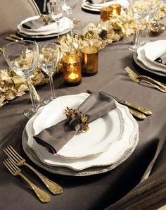 Pranzo di Natale 2012: dall'antipasto al dolce, tutto quello che vi serve per un menu di Natale coi fiocchi. Il vostro pranzo di Natale 2012 sarà indimenticabile!