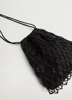 Diy Beaded Rings, Beaded Jewelry, Diy Fashion, Fashion Bags, Diy Bracelets Patterns, Potli Bags, Beaded Bags, Crochet Slippers, Girls Bags