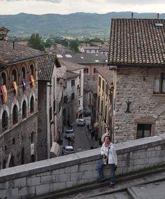 Fotografía: Vivien Abbott - Gubbio- Italia de Oro con Sorrento Sorrento, Street View, Italia, Fotografia, Pictures