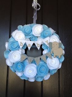Baby Wreath Nursery Wreath by LoveWreaths on Etsy Regalo Baby Shower, Fiesta Baby Shower, Baby Shower Parties, Baby Shower Themes, Baby Boy Shower, Baby Shower Decorations, Baby Shower Gifts, Baby Gifts, Baby Showers