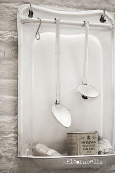 ...Would be the perfect hand towel and soap rack for antique linens.