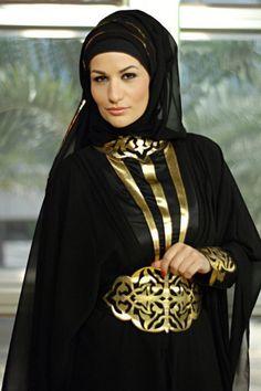 Dubai Abaya Sammlung Source by The post Dubai Abaya Sammlung appeared first on Fancy. Burka Fashion, Dubai Fashion, Fashion Wear, Style Fashion, Women's Fashion, Fashion Tips, Islamic Fashion, Muslim Fashion, Hijab Outfit