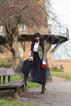 cd24a589030c Love how she styled this tulle skirt with culottes  fashionblogger Fall  Chic