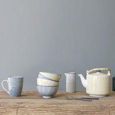 Mug en porcelaine (4 mod�les assortis) Jinan Athezza