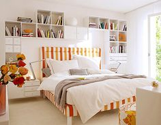 Great colors! In such a room I'm not sure if I would want to lounge all day or be inspired to jump out of bed!
