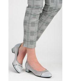 Ležérne topánky  na nízkom podpätku T101-7L.G Heeled Mules, Heels, Pants, Fashion, Heel, Trouser Pants, Moda, Fashion Styles, High Heel