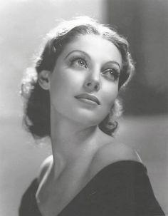 Loretta Young, 1936