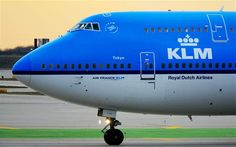 """The Dutch airline KLM is giving passengers the power to pick who they sit next to using social media in a new service called """"Meet and Seat."""""""