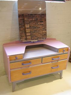 For kids' dressing table - pink top, purple detail but leave wood Funky Furniture, Revamp Furniture, Vintage Home Decor, Retro Dressing Table, 50s Furniture, Furniture, G Plan Dressing Table, G Plan Furniture, Vintage Furniture
