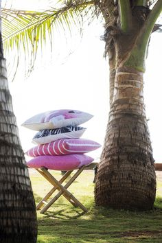 #kremmerhuset #tropisk #tropical #summer #sommer #puter #pute #putetrekk #pillows #rosa #pink #palmer #mumbai #beach #strandliv #bambus #interiør #ting #tekstil