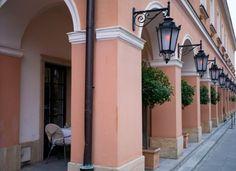 La Rotisserie at Le Regina Hotel in Warsaw La Rotisserie, W Hotel, Warsaw, Poland, Mansions, House Styles, Home Decor, Decoration Home, Manor Houses