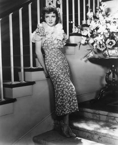 vintage-hollywood-girl:  Claudette Colbert