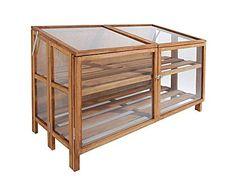 Bavicchi: Invernadero de madera y vidrio alargado