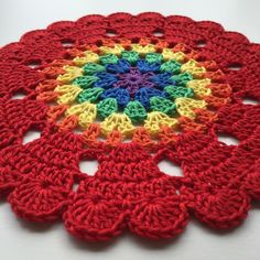 Rainbow mandalas with Hearts for my little rainbow princess ❤️ Pattern  soon in my blog ❤️ Yarn: Järbo 8/4. Hook:2,5
