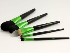 compostable makeup brushes