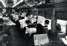 Iedereen speelt met zijn smartphone in de trein. Ja, nou en?