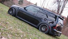 Black mini clubman