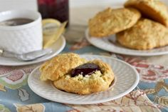 Her Royal Majesty's Scones (TastyKitchen) - for make during the Olympics in honor of Queen Elizabeth! :)