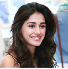 "4,355 Likes, 23 Comments - Disha Patani FanClub❤ (@dishapatanifc) on Instagram: ""Disha Patani caption this smile! #disha #dishapatani"""