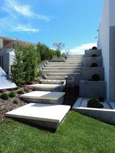 Private by AMOP | Casa e Jardim | Mobiliário de Jardim | Decoração de Exteriores. : Moradia Unifamiliar, Vale de Lobo