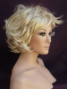 Its easy to pull off a short cut with this classic short wig with pixie flip feathers and multiple layers. With its super light we… Medium Hair Styles, Curly Hair Styles, Wig Companies, Pale Blonde, Corte Y Color, Short Wavy Hair, Short Wigs, Layered Hair, Great Hair