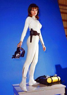"Vintage Geek Culture — Raquel Welch in ""Fantastic Voyage. Rachel Welch, Sam Cooke, Jean Shrimpton, Jeanne Moreau, Jean Pierre Leaud, Katharine Ross, Fantastic Voyage, Film Fantastic, Fiction Movies"