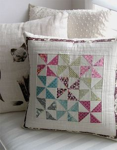 Pinwheel pillow from juneauwendy by nanotchka