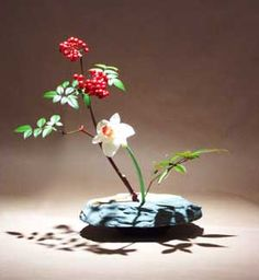 Image detail for -Ikebana: The Japanese Art of Flower Arranging | Events | Toronto Body ...